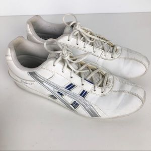 ASICS Cheer 6 Sneakers. 7.